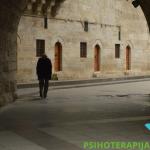 3 razloga zbog kojih ljudi produžavaju svoju usamljenost – iskustva iz prakse